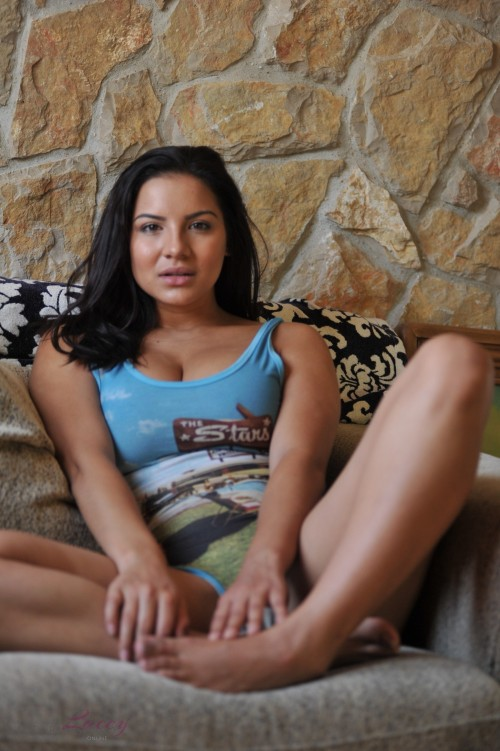 Lacey Banghard Online 4